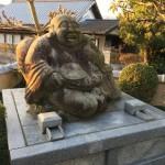 津市白山町の恵比寿像(16.12.26)
