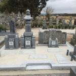 伊賀市猪田・大恩寺様にて、五輪塔と夫婦供養塔を建立いたしました。(愛媛県産・大島石)
