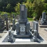 奈良県曽爾村墓地にて大島石のお墓完成(16.5.14)
