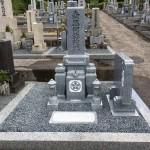 奈良県曽爾村の霊園にてお墓の工事(16.8.26)