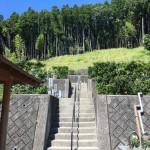 奈良県曽爾村の霊園にて文字の戒名彫り入れ(16.9.1)