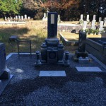 名張市下小波田の墓地でお墓完成(16.11.18)