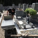 奈良県曽爾村の墓地にて墓誌の追加彫刻をしました(29.6.9)
